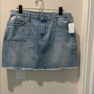 NWT 7for all mankind jeans skirt size 30